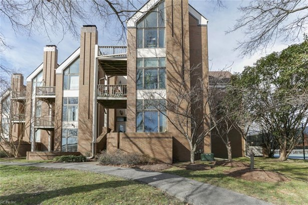 Attached,Attached Residential, Contemp,Lo Rise - Norfolk, VA (photo 1)