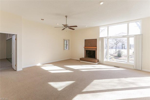 Attached,Attached Residential, Contemp,Lo Rise - Norfolk, VA (photo 2)