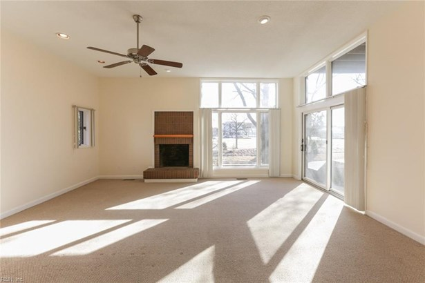 Attached,Attached Residential, Contemp,Lo Rise - Norfolk, VA (photo 3)