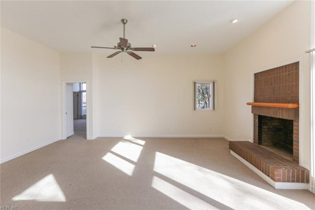 Attached,Attached Residential, Contemp,Lo Rise - Norfolk, VA (photo 4)