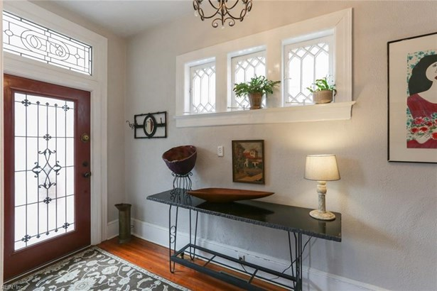 Detached,Detached Residential, Traditional,Victorian - Norfolk, VA (photo 4)