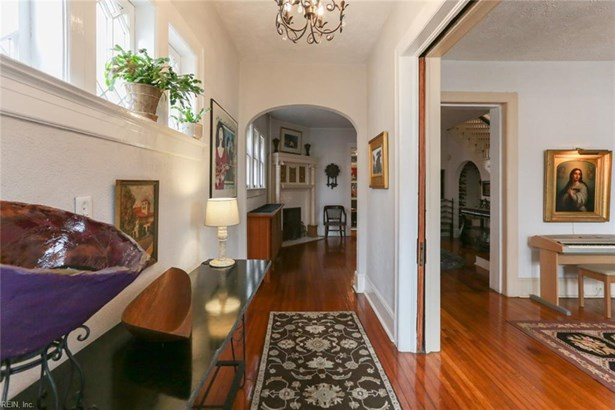 Detached,Detached Residential, Traditional,Victorian - Norfolk, VA (photo 5)