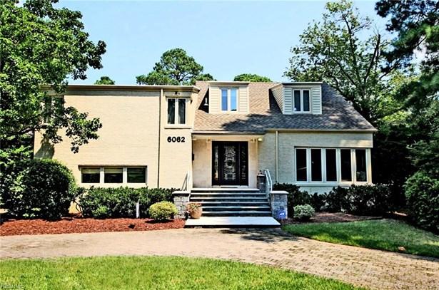 Split-Level,Transitional, Detached,Detached Residential - Norfolk, VA (photo 2)