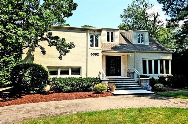 Split-Level,Transitional, Detached,Detached Residential - Norfolk, VA (photo 3)