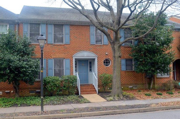 Attached,Attached Residential, Townhouse - Norfolk, VA (photo 1)