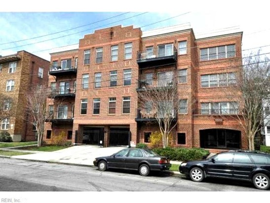 Attached,Attached Residential, Contemp - Norfolk, VA (photo 1)