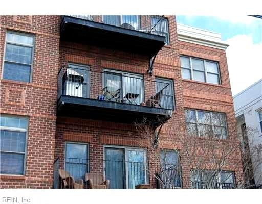 Attached,Attached Residential, Contemp - Norfolk, VA (photo 5)