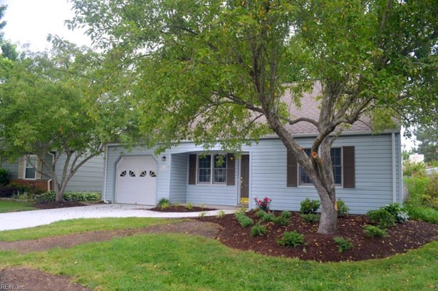 Traditional, Detached,Detached Residential - Virginia Beach, VA (photo 2)