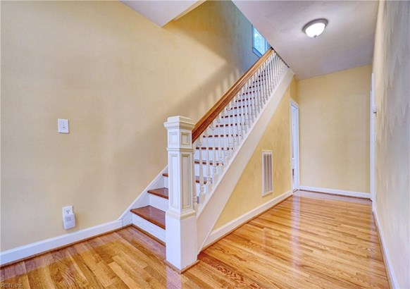 Detached,Detached Residential, Traditional,Victorian - Portsmouth, VA (photo 2)