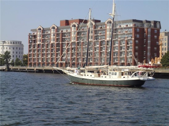 Attached,Attached Residential, Apartment,High-Rise - Portsmouth, VA (photo 1)