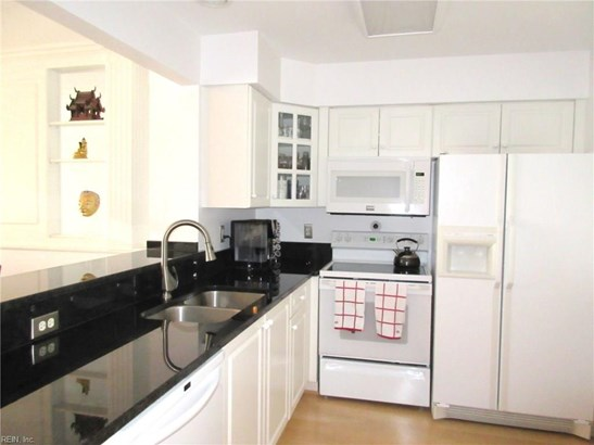 Attached,Attached Residential, Apartment,High-Rise - Portsmouth, VA (photo 3)