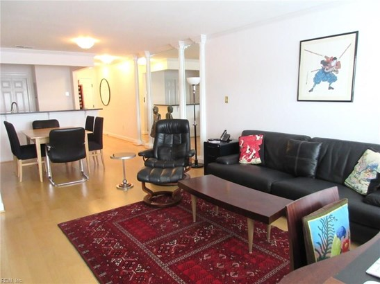 Attached,Attached Residential, Apartment,High-Rise - Portsmouth, VA (photo 5)