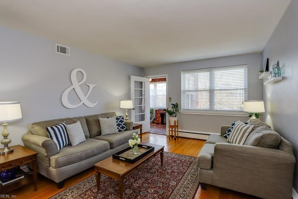 Attached,Attached Residential, Apartment - Norfolk, VA (photo 2)