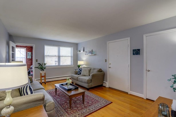 Attached,Attached Residential, Apartment - Norfolk, VA (photo 3)