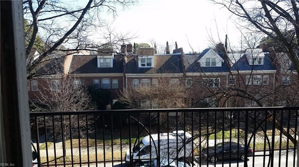 Attached,Attached Residential, Apartment,Colonial - Norfolk, VA (photo 2)