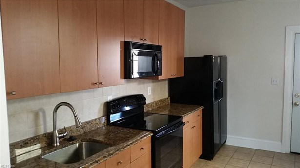 Attached,Attached Residential, Apartment,Colonial - Norfolk, VA (photo 5)