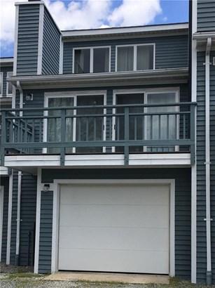 Town House - Narragansett, RI