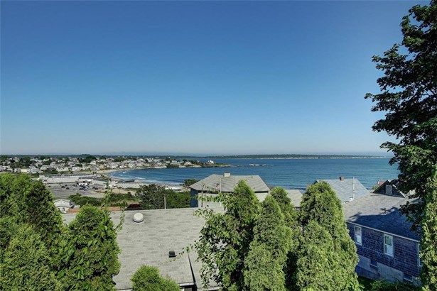 Colonial,Contemporary - Narragansett, RI (photo 2)
