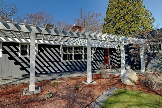 Contemporary,Ranch - Barrington, RI (photo 2)