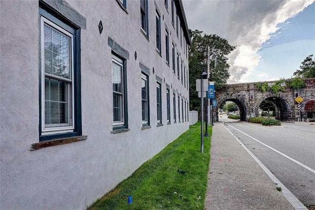 Town House - East Greenwich, RI (photo 2)