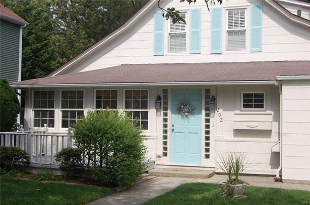 Cottage - East Providence, RI (photo 2)