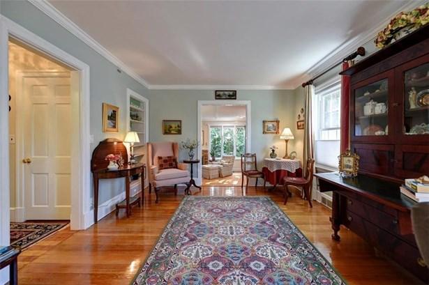 Colonial - Pawtucket, RI (photo 5)