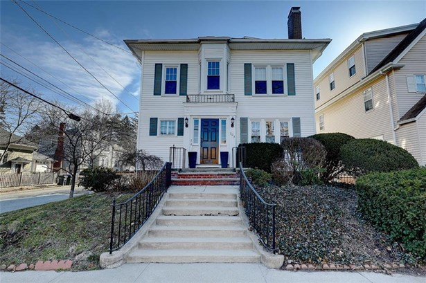 One Level,Town House - East Side of Providence, RI