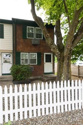 Town House - Pawtucket, RI (photo 4)
