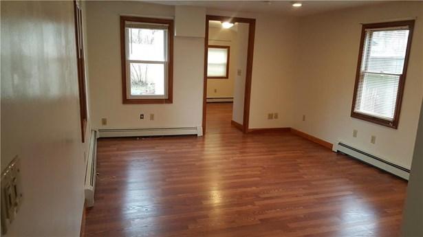 Apartment - East Greenwich, RI (photo 2)