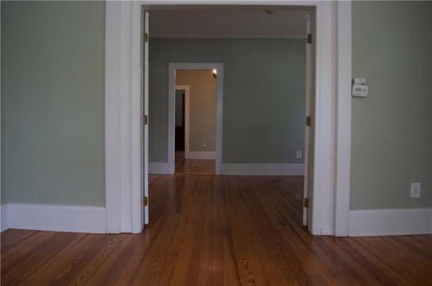 One Level - Cranston, RI (photo 3)