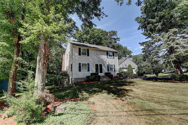 Colonial, Colonial,Single Family-Attached - Warwick, RI (photo 2)