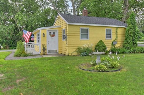 Cottage - Warwick, RI (photo 1)
