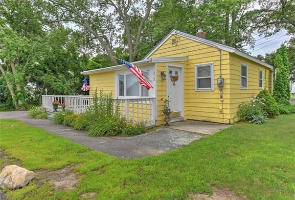 Cottage - Warwick, RI (photo 2)