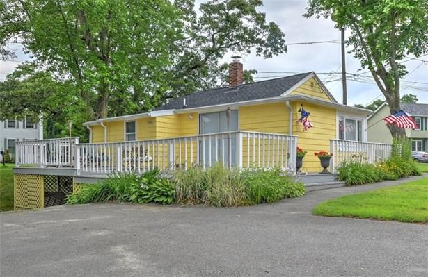 Cottage - Warwick, RI (photo 4)