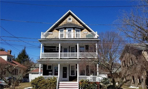 Town House - Cranston, RI (photo 1)