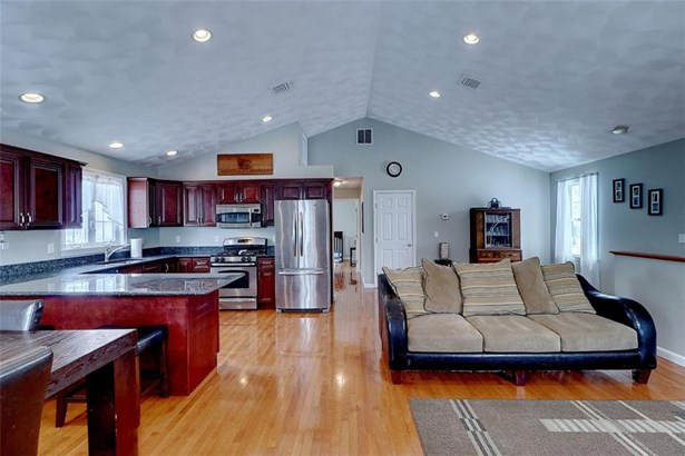 Contemporary,Raised Ranch - Seekonk, MA (photo 5)