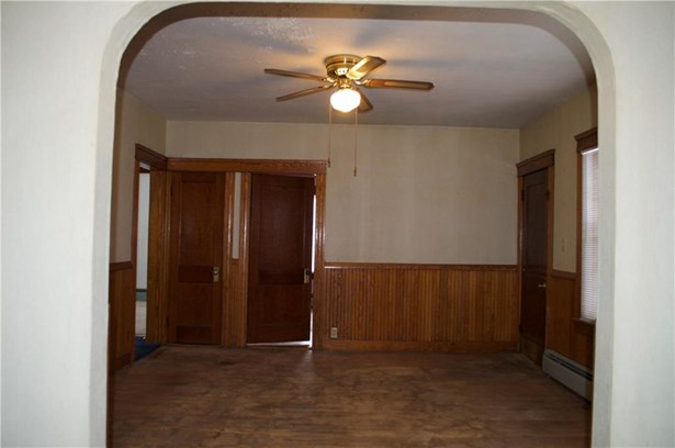 Apartment - Pawtucket, RI (photo 5)