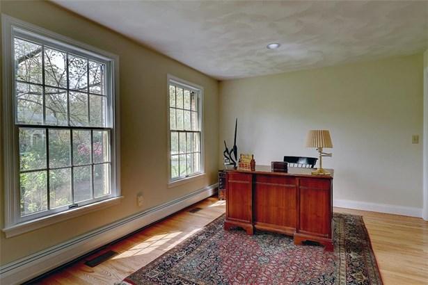 Colonial - Barrington, RI (photo 5)