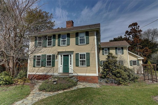 Colonial,Historic, Colonial - Barrington, RI (photo 2)