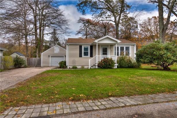 Cottage,Ranch - Narragansett, RI (photo 1)