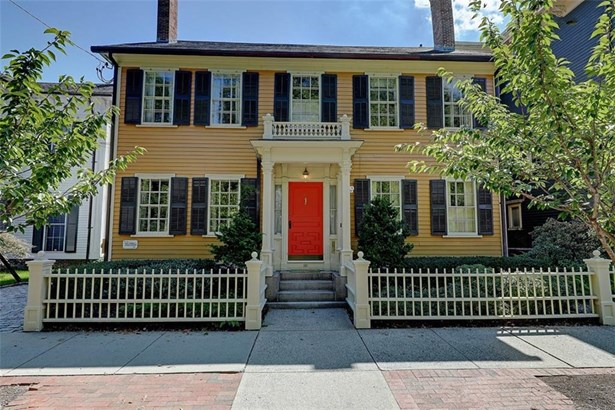 Colonial,Historic, Colonial - East Side of Providence, RI