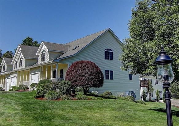 Town House - North Smithfield, RI (photo 1)