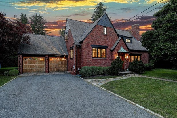 Cottage,Tudor - Barrington, RI