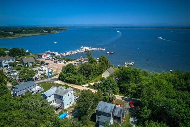 Cape Cod - Charlestown, RI