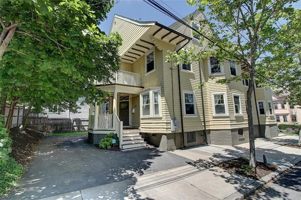 Town House - East Side of Providence, RI