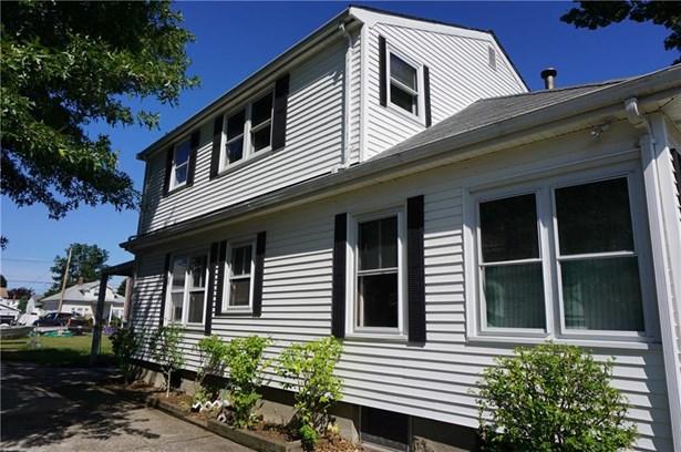 Bungalow,Cottage - Pawtucket, RI (photo 3)