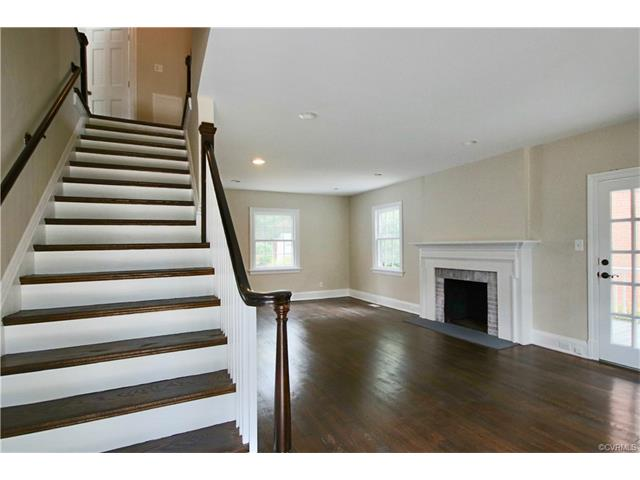 2-Story,Colonial, Detached - Richmond, VA (photo 5)