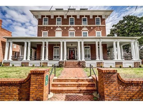 Condominium, 2-Story - Richmond, VA (photo 1)