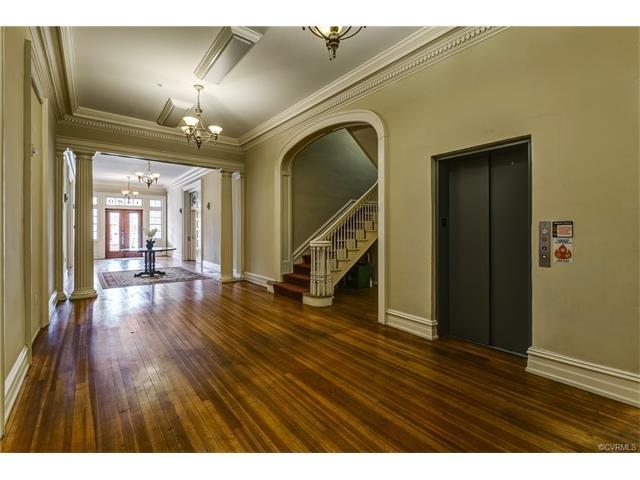 Condominium, 2-Story - Richmond, VA (photo 2)