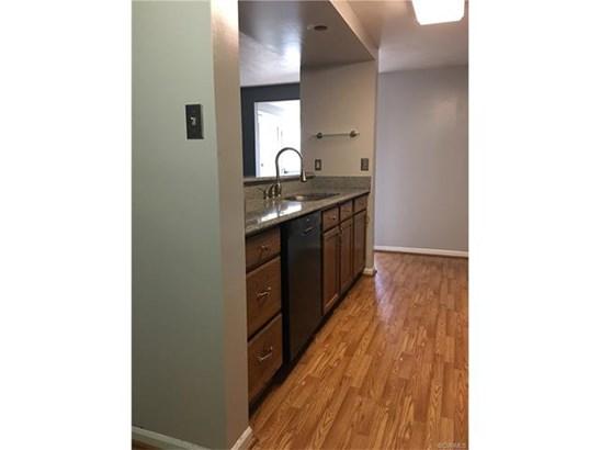 Condominium, Low-Rise - Henrico, VA (photo 4)